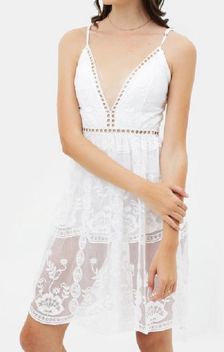 Airy Laced Dress - CeCe Fashion Boutique