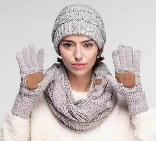 C.C. Solid Ribbed Gloves with Touchscreen Tips - CeCe Fashion Boutique