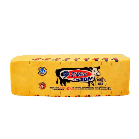 St Albert Mild Colour Cheddar 270g