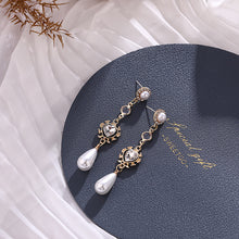 Load image into Gallery viewer, Pearl Drop Earrings - Pine Jewellery