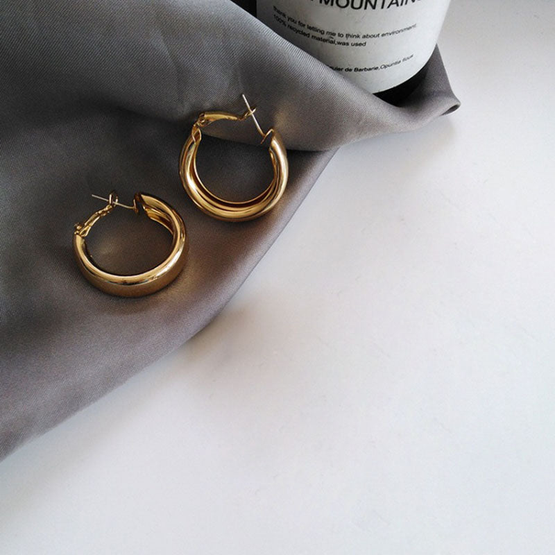 Larian Hoop Earrings