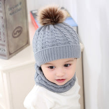 Load image into Gallery viewer, Classic Winter Hat + Scarf Set