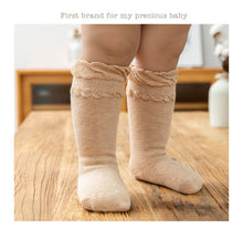 Load image into Gallery viewer, Basic Baby Socks