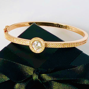 NEW! Du'a Solitaire Bangle - 18K Yellow Gold