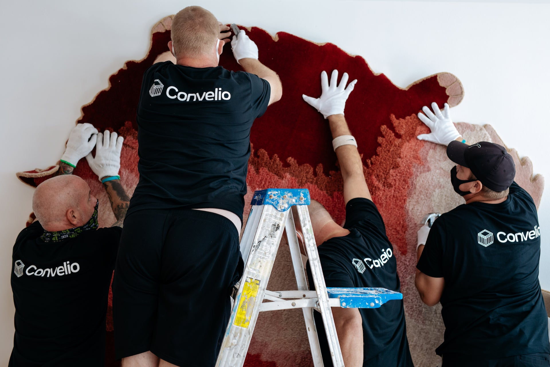Convelio installing the Haas Brothers' La Brea Brad Pitt Carpet for R & Company at Design Miami/ 2020. Photo © Adinayev