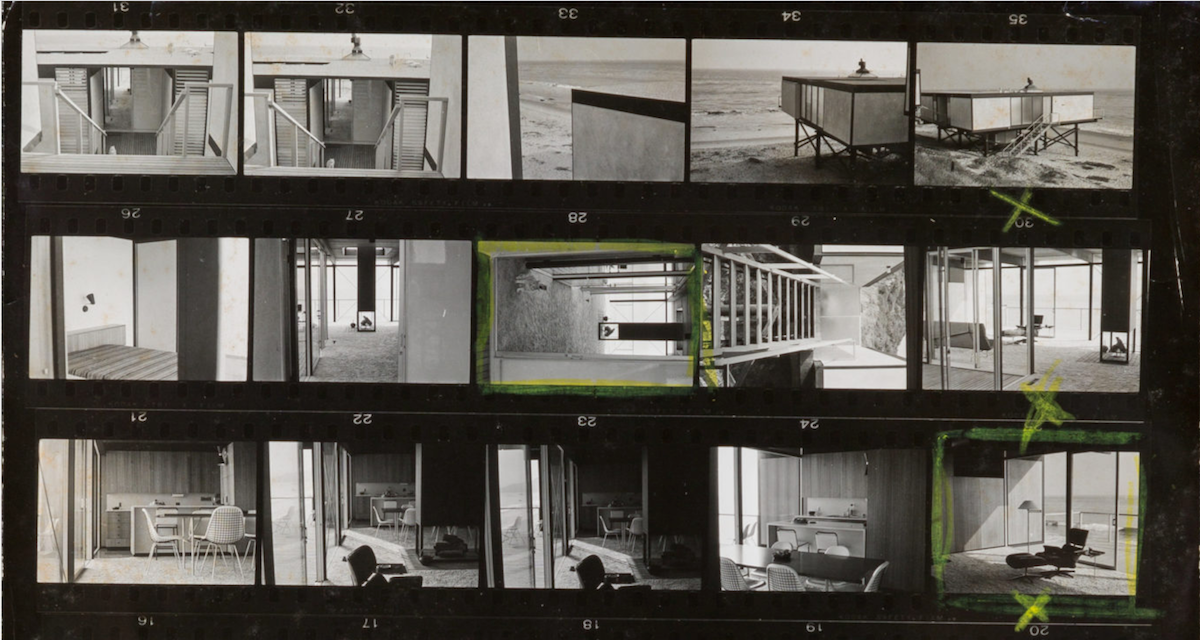 Contact Sheet for the Hunt House photoshoot, circa late 1950s. Photo © Marvin Rand; courtesy of Heritage Auctions
