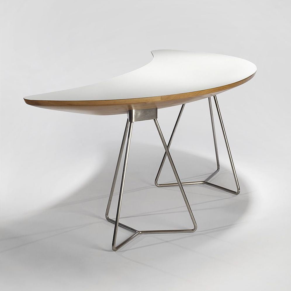 Desk by Geneviève Dangles & Christian Defrance, 1958. Photo © Thierry Depagne; courtesy of Demisch Danant