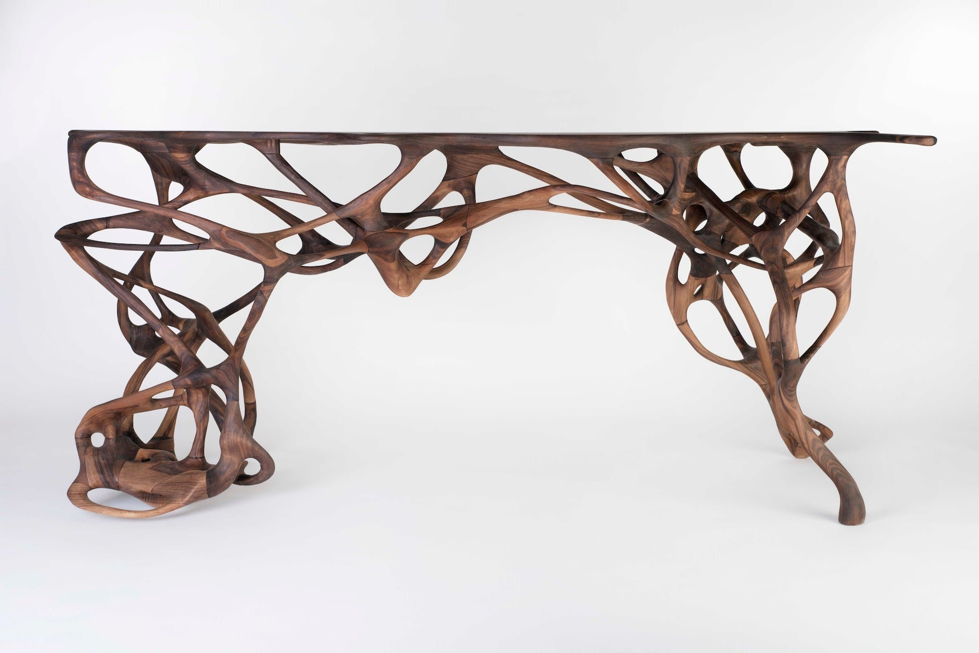 Walnut Growth Table by Mathias Bengtsson, 2014. Photo © Martin Scott-Jupp; Courtesy of the artist