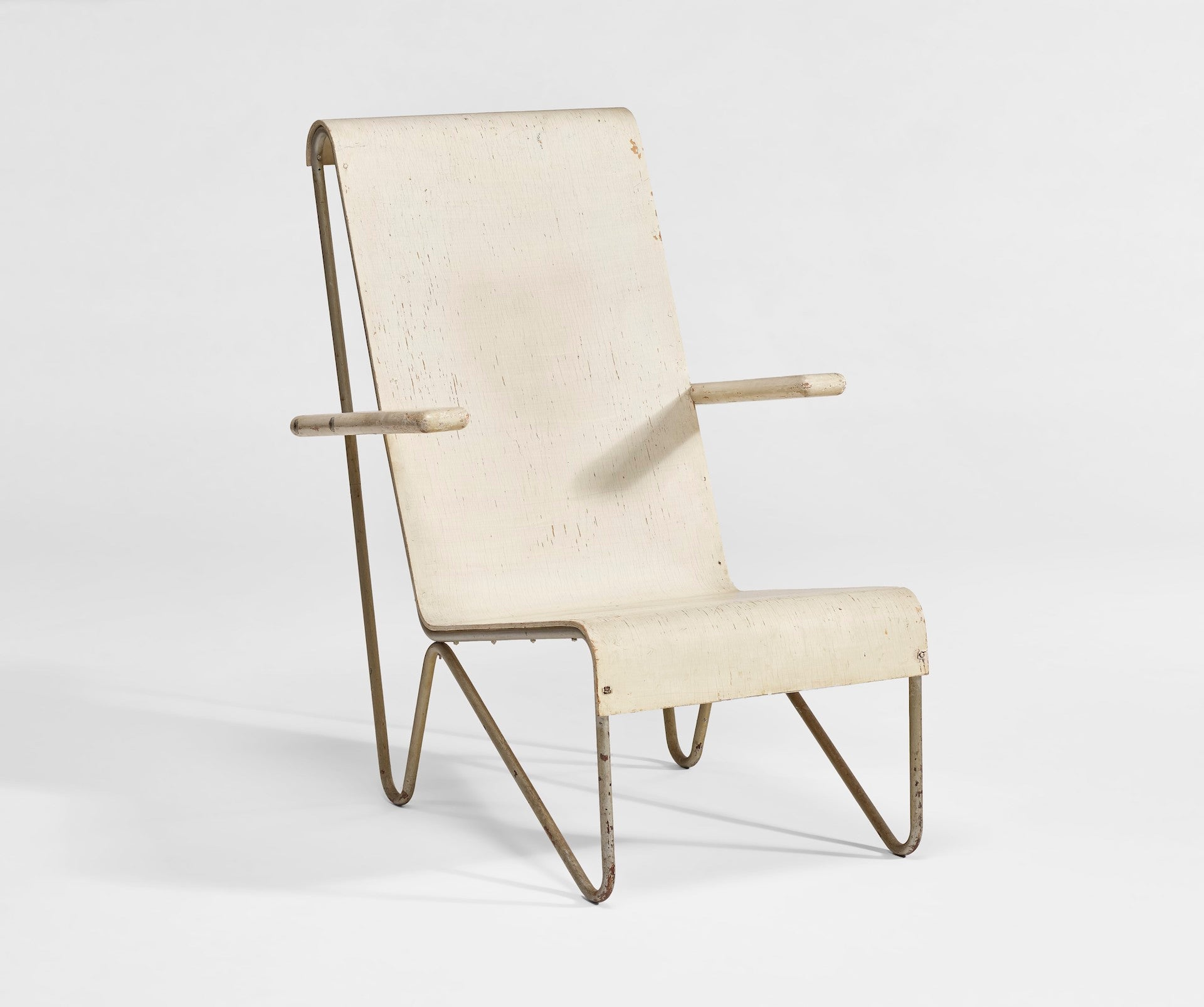 Christie's New York 27 May 2021 - Design [lot 290]: Early Tubed-Framed Beugelstoel Chair by Gerrit Rietveld, 1927. Estimate: $25,000 - $35,000. Sold: $300,00. Photo © Christie's Images Limited 2021