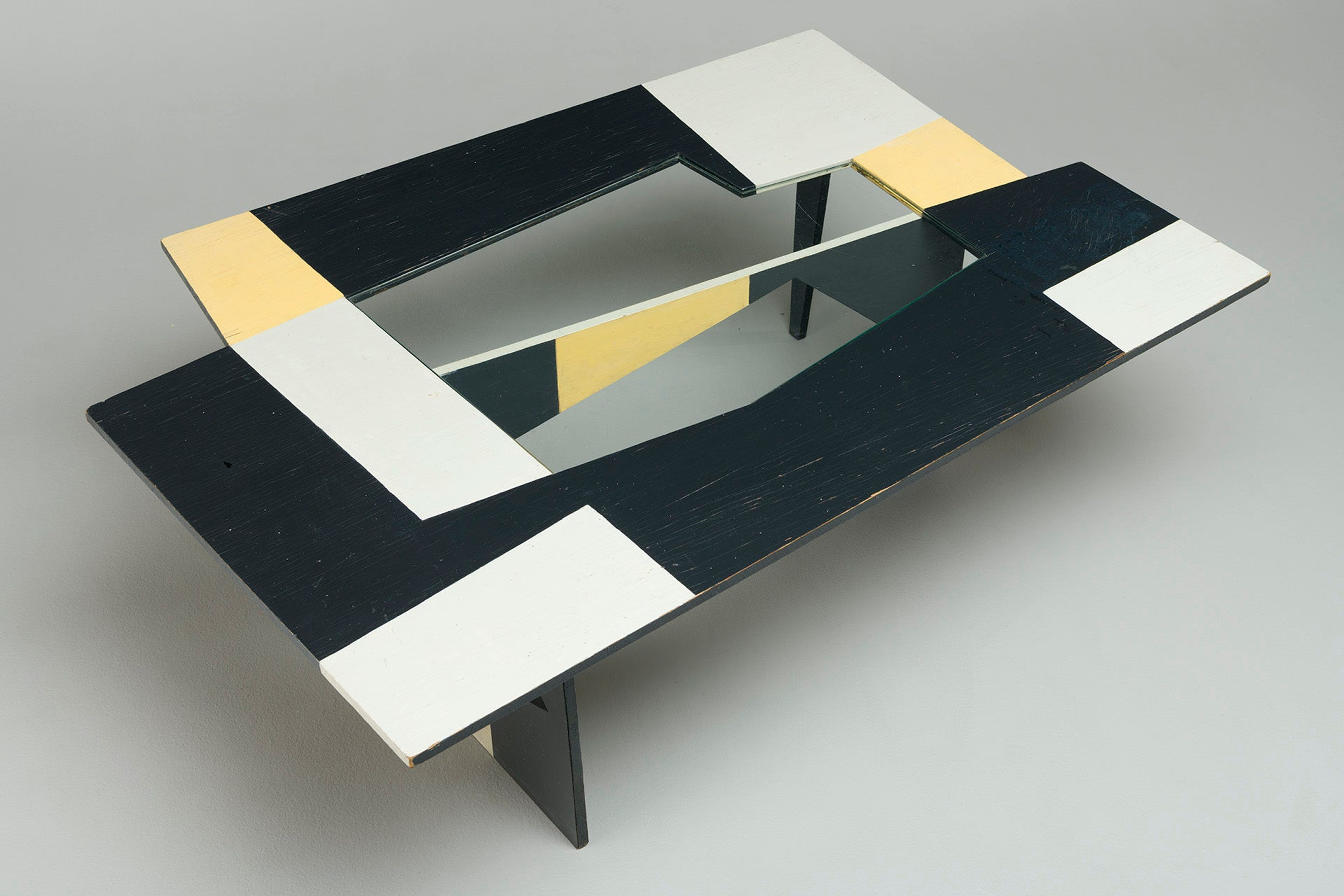 Rare Low Table by Olle Bonnier, 1951. Photo © Jacksons