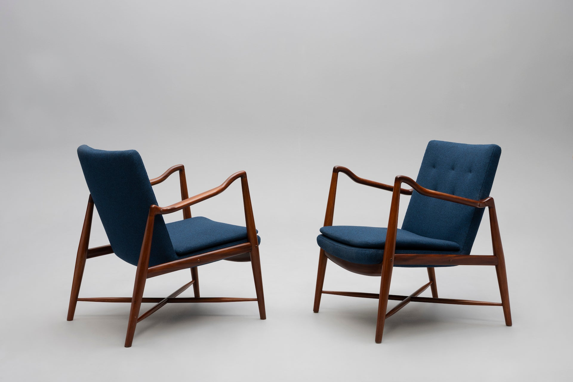 Rare Pair of Westermann Fireplace Armchairs by Finn Juhl, 1945. Photo © Jacksons