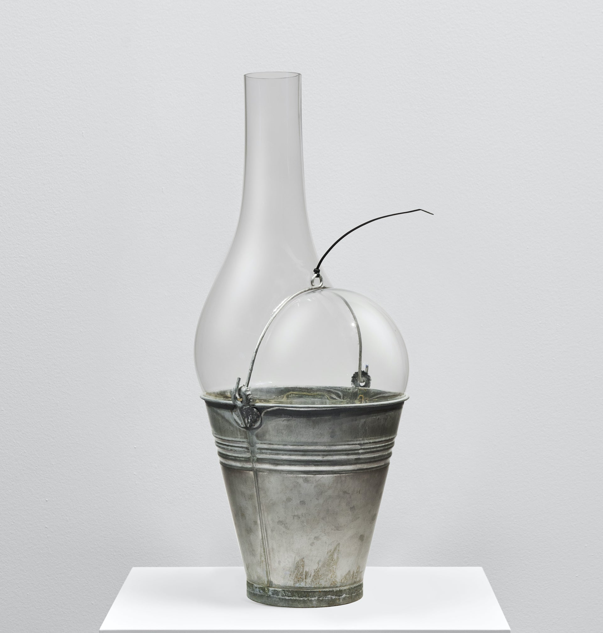 Bucket by Ron Arad for Venini, 2020. Photo © Newlands House Gallery
