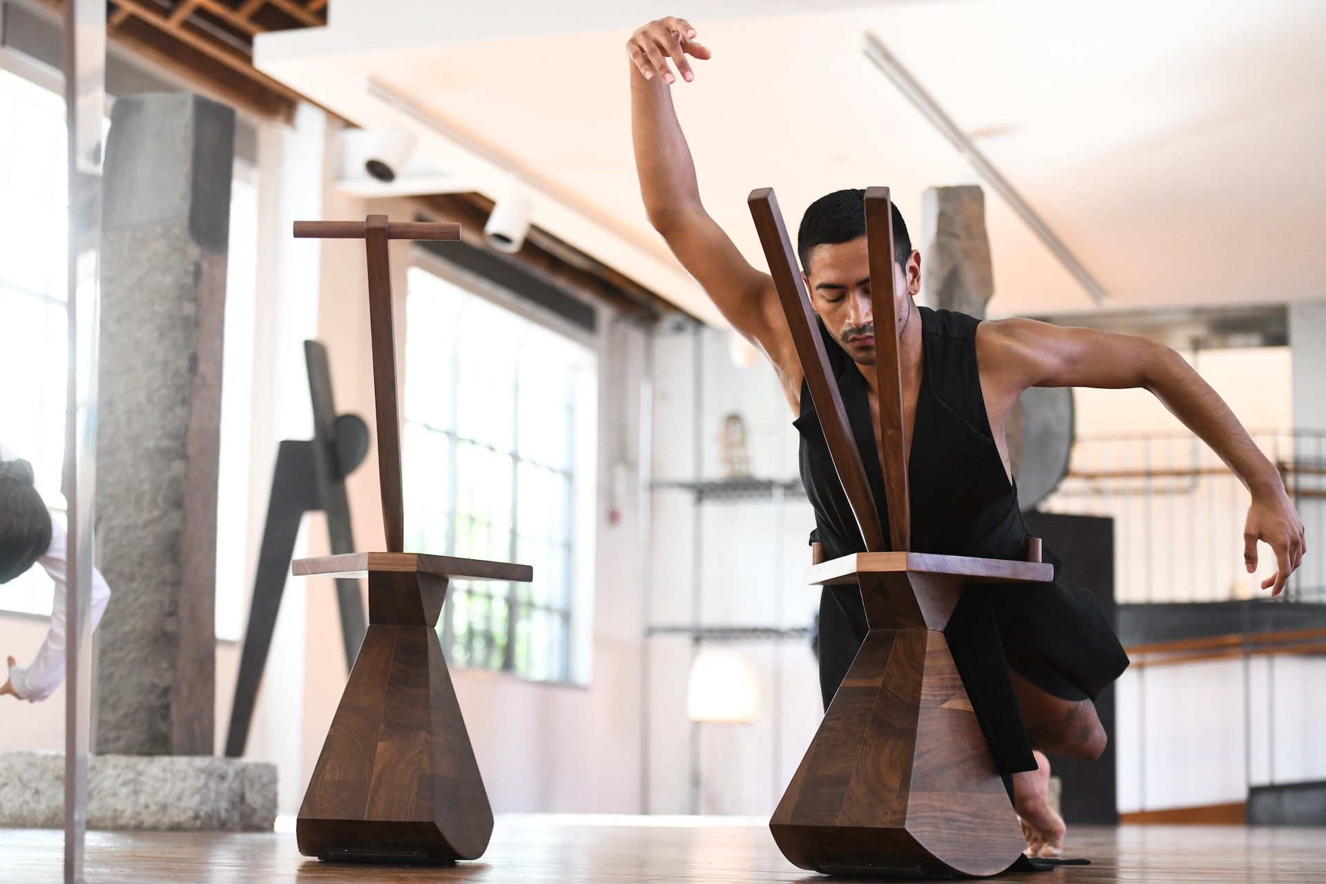 Brendan Fernandes: Contract and Release at the Noguchi Museum. 2019-2020. Photo © Matthew Carasella; courtesy of the artist and Monique Meloche Gallery
