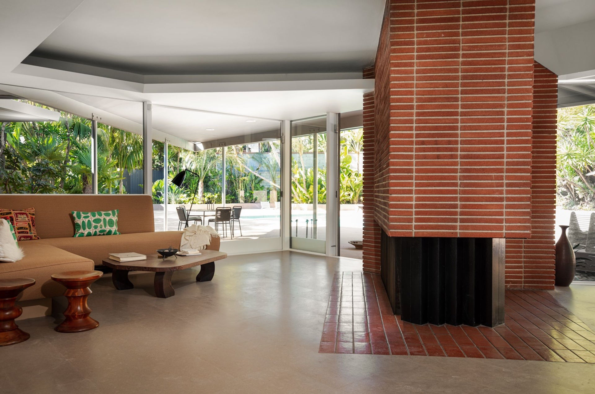 Nordlinger House #1 by A. Quincy Jones (1948), interior. Photo © BoydDesign