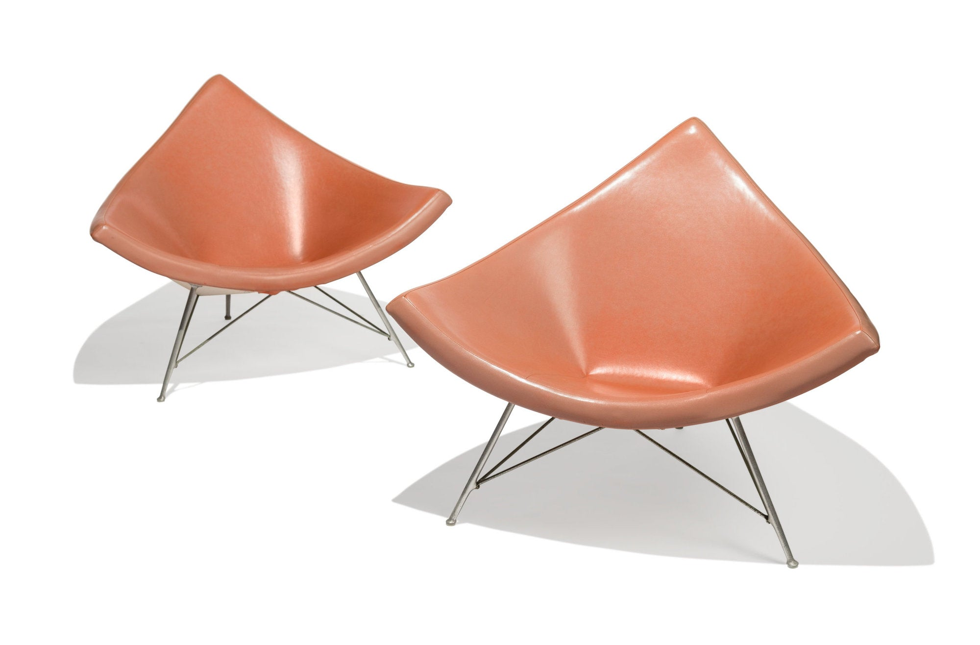 Pair of Coconut Lounge Chairs by George Nelson from Craig Ellwood's Hunt House. Photo © Heritage Auctions