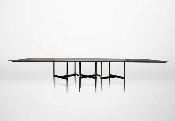 ZigZag Table by ATRA