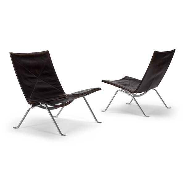 Poul Kjærholm A pair of PK 22 easy chairs
