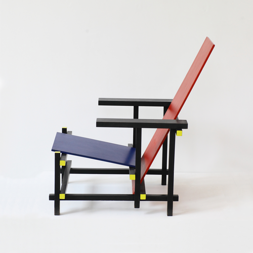 Gerrit Rietveld Red Blue Chair