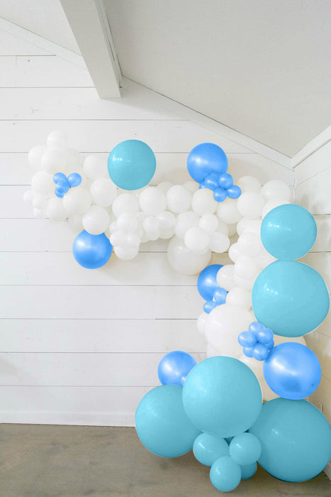25-ft DIY Balloon Garland Kit with Baby Blue, Royal Blue & White Balloons
