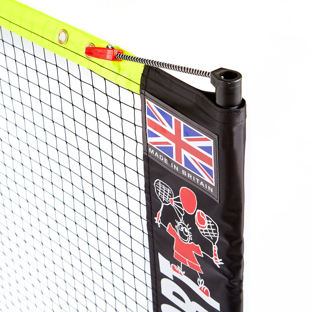 Clip and bungee tensioning system on Zsig's 6m Classic Multisport Net System.