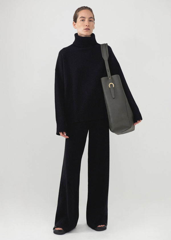 Essential Boyfriend Turtleneck (5210793607308)
