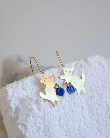 Wool and the Cat Earrings