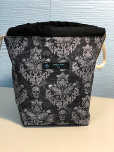 Small Sack - Skull Damask