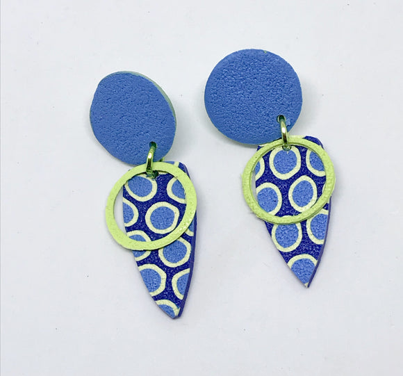 Ultramarine/ lime earrings #1 (141001H)