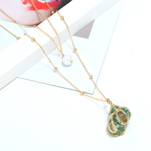 Green Shell Seashell & Pearl Gold Necklace - Ella Moore