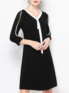 Color-Block Elegant Midi Dress