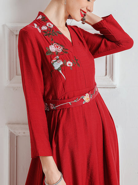 Floral Embroidered Gathered Elegant Midi Dress