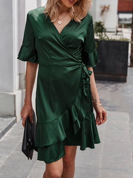 Green Short Sleeve Asymmetrical V Neck Dress