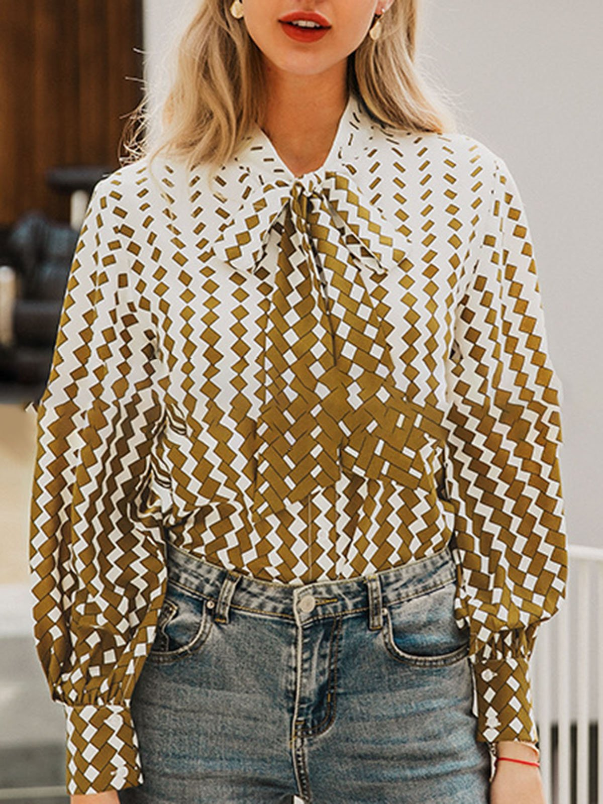 Geometric Printed Shift Casual Blouse