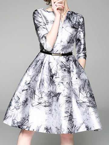 Abstract Printed Elegant Midi Dress