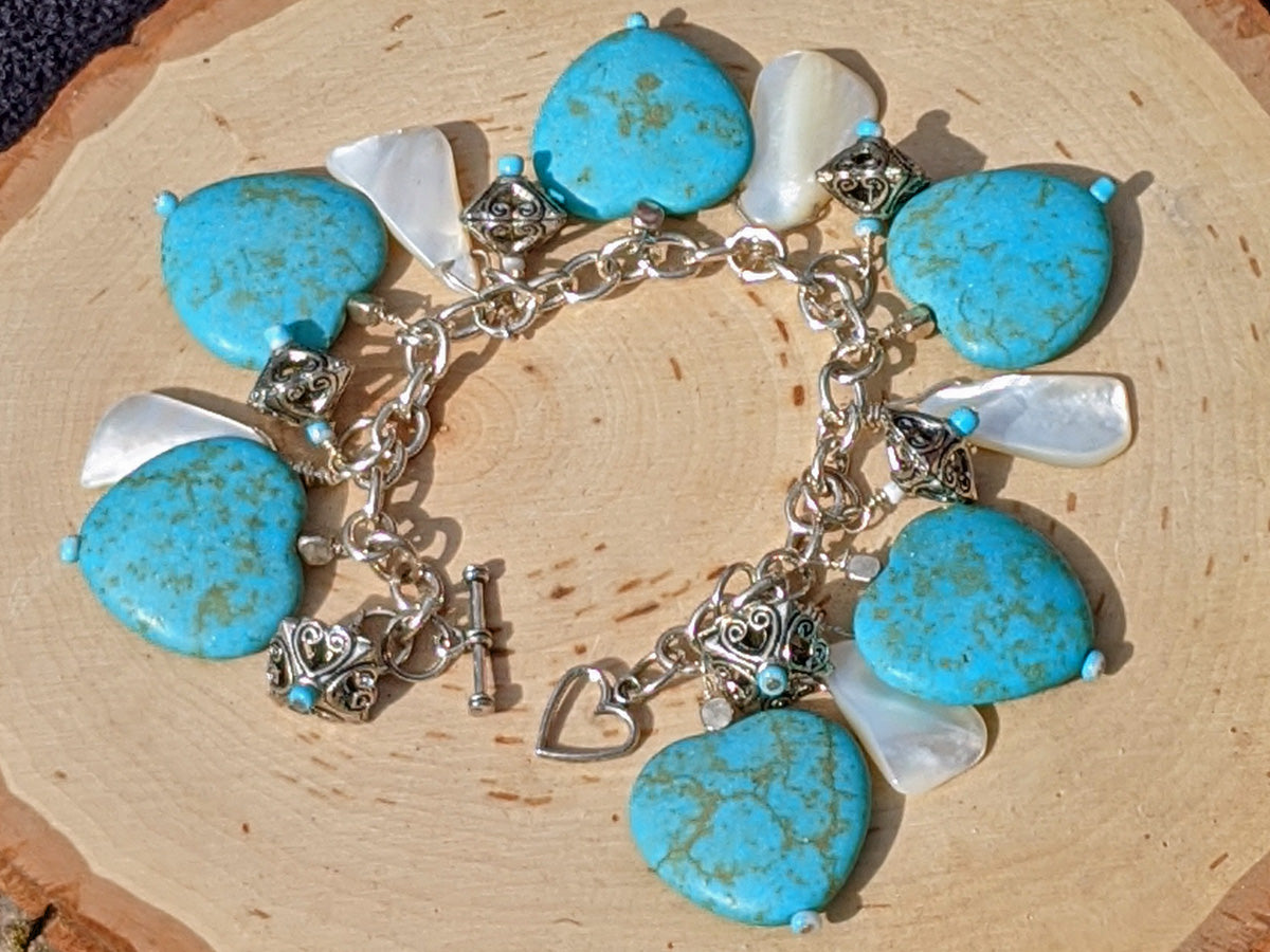 Mustang Sally Heart and Shell Charm Bracelet - crystalsbysabeads.com