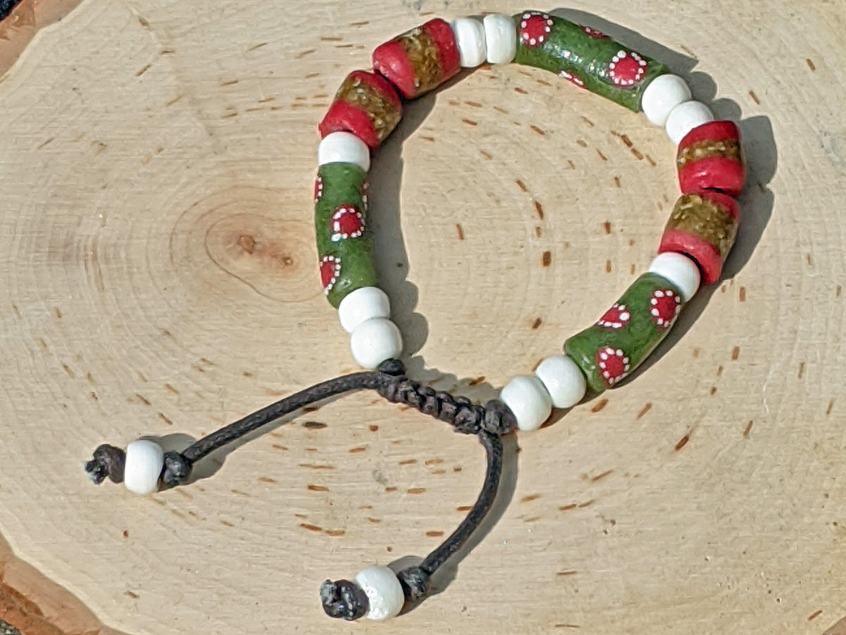 Red and Green Sandcast (Small) - crystalsbysabeads.com