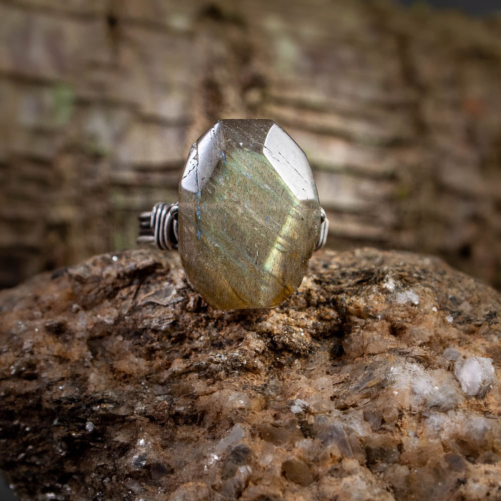 Labradorite Faceted Oval Nugget Ring - crystalsbysabeads.com