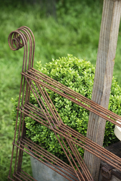 Plant supports, rusty edging, fencing - Small Hurdles