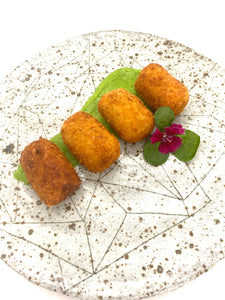 Ham Hock Vintage Cheese Croquettes w Pea Mint Sauce (6pkt)