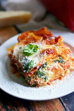 Load image into Gallery viewer, Special - Family Pack Lasagne alla Bolognese for 4!