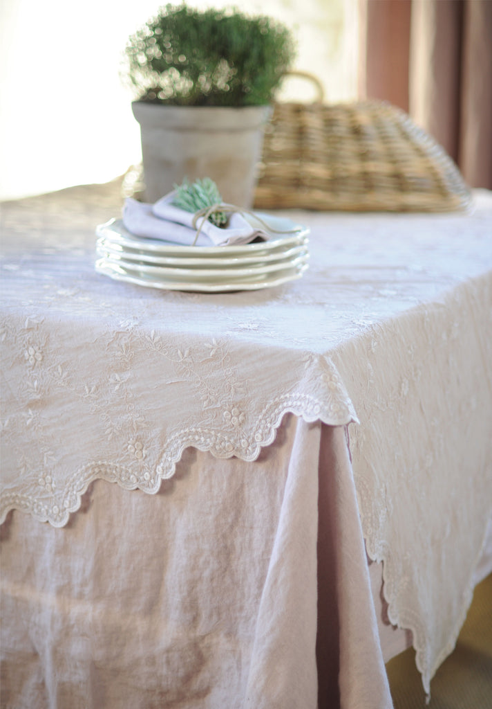 This elegant embroidered voile tablecloth is a perfect fit for any style setting from boho, design to romantic...your table will look fabulous. Dressing your table is a pleasure!