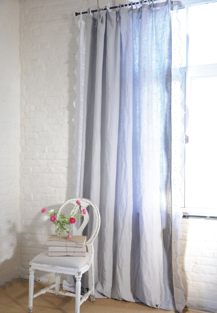 Our Emma linen curtain has become a staple in everyone's collection. This versatile high-quality washed linen can be endlessly combined. In a timeless way or a more charming way combined with our lace curtains. This nice size 160x280cm curtain is machine washable and has 0% shrinkage!