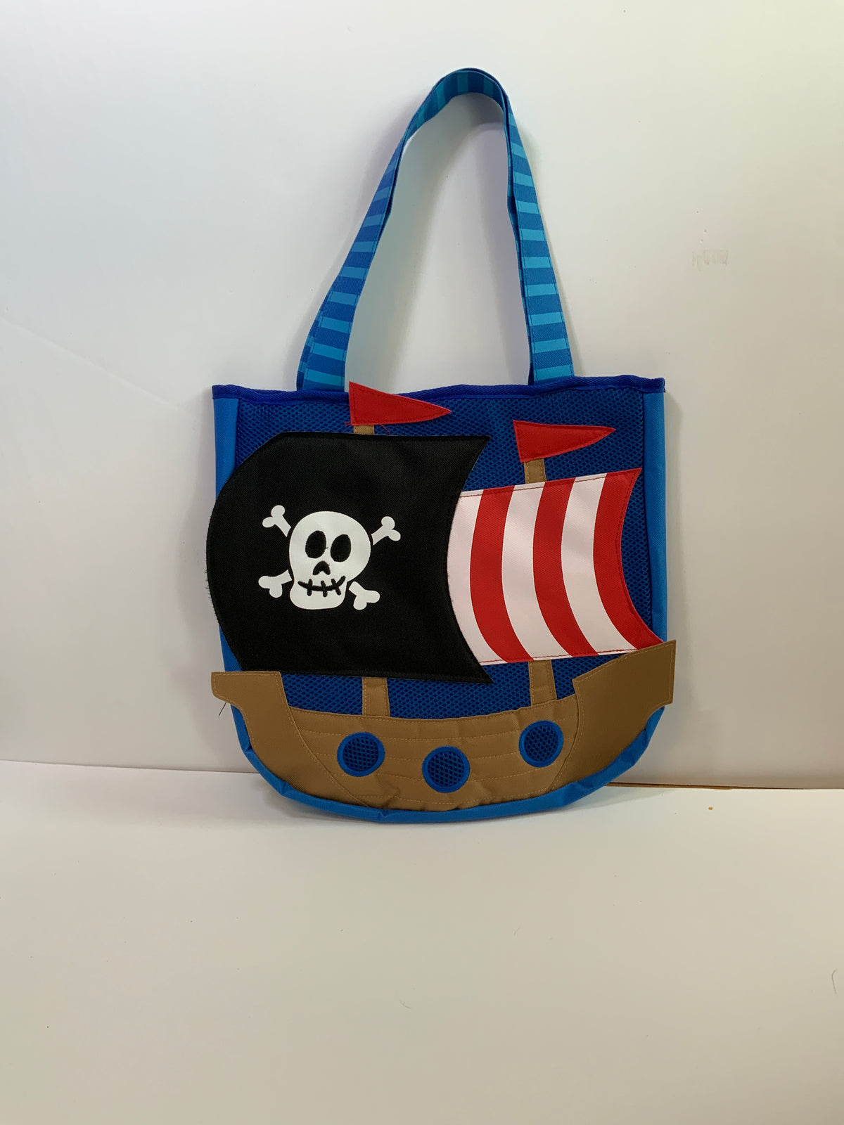 SJ Beach Tote w/Toys Pirate Ships