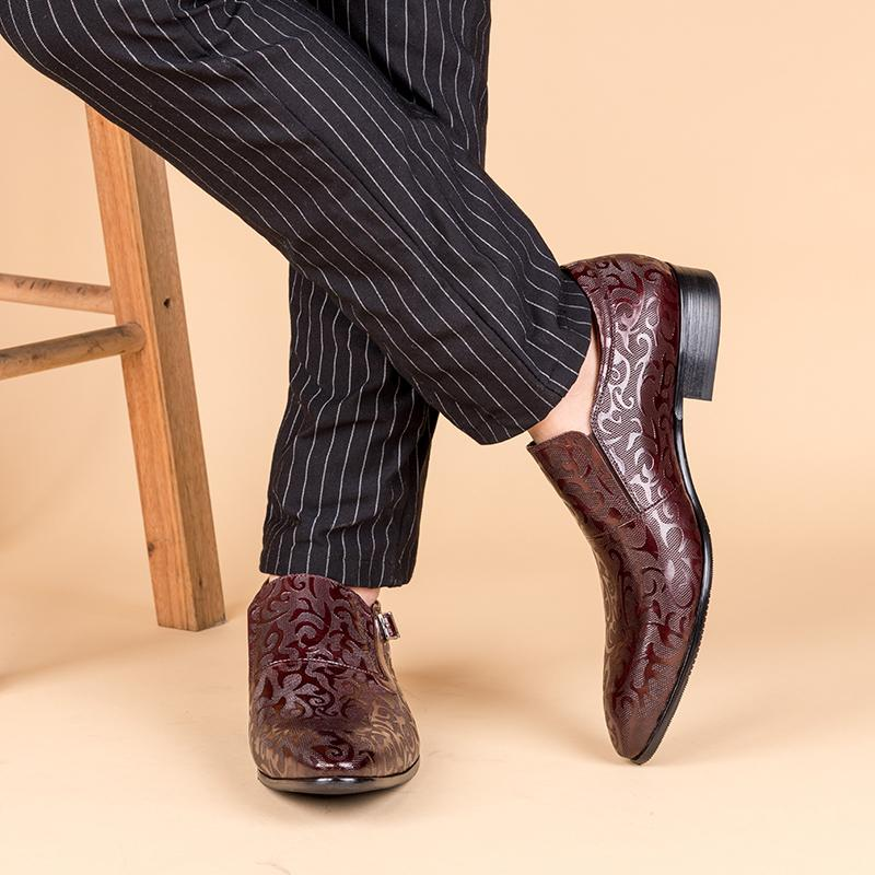 Motif Patterned Single Monk - Burgundy/Black