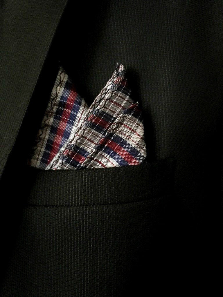 grooms pocket square
