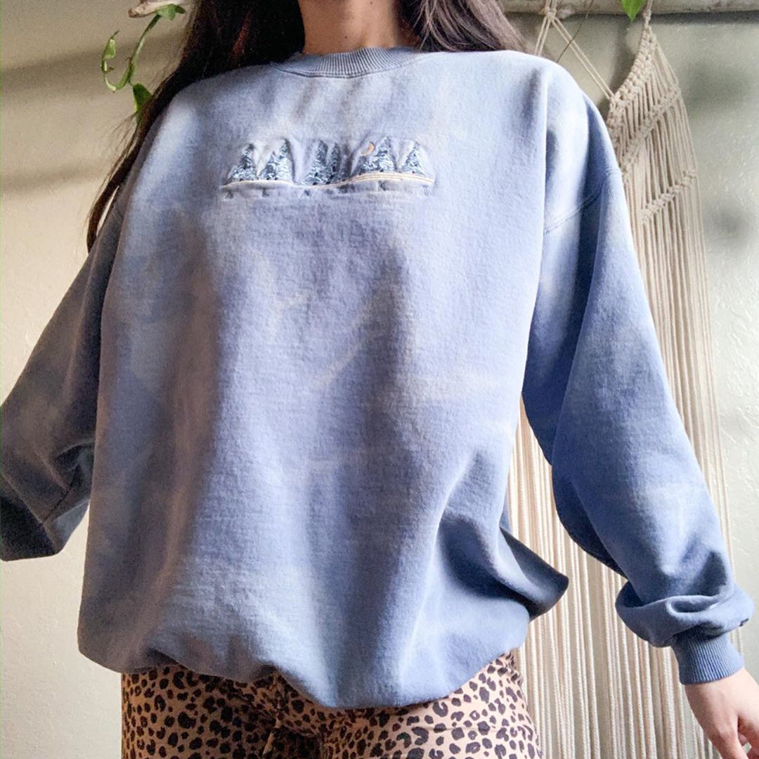 Casual Basic 'ALASKA' Sweatshirt