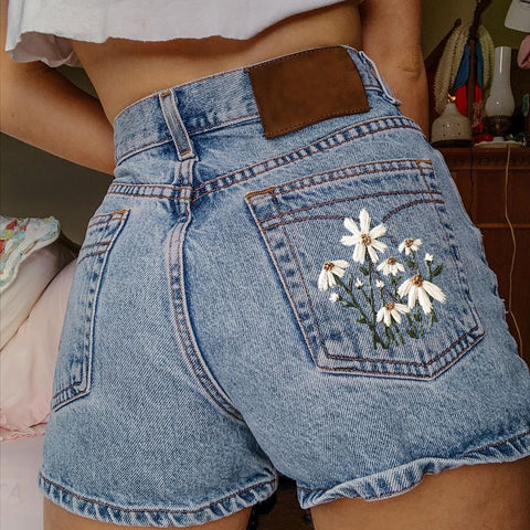 Fashion Casual Floral Embroidered Denim Shorts