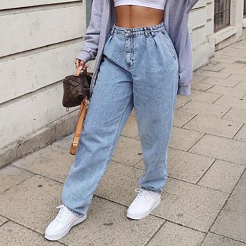 Pull-On High-Waisted Light Wash Mom Jeans