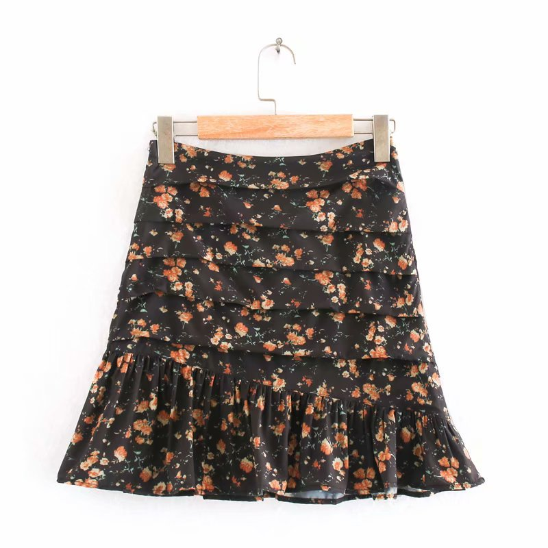 Leah Floral Print Mini Skirt