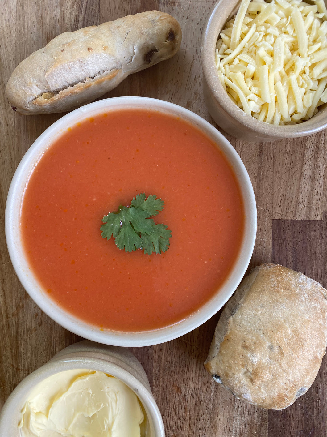 #7 Delivered cold - Tomato & basil soup with roll and grated cheese and butter portion